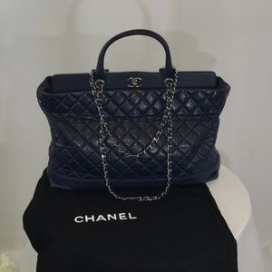 Authentic Large Chanel Shoulder Bag / Satchel
